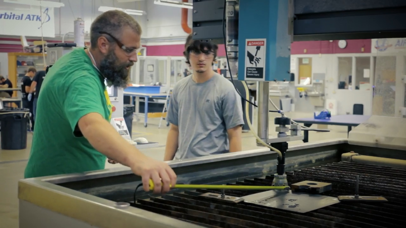Davis Tech College Takes Their Composites Training Across the US